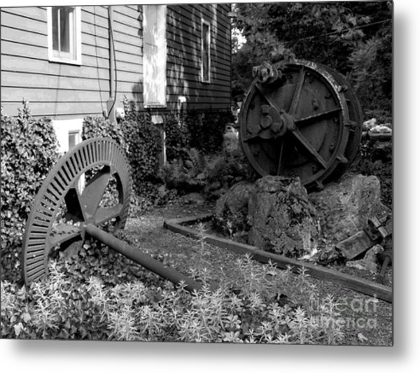 Antiques At Red Mill - Black And White Metal Print by Jacqueline M Lewis