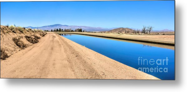 Aqueduct And The Tehachapi Mountains Metal Print