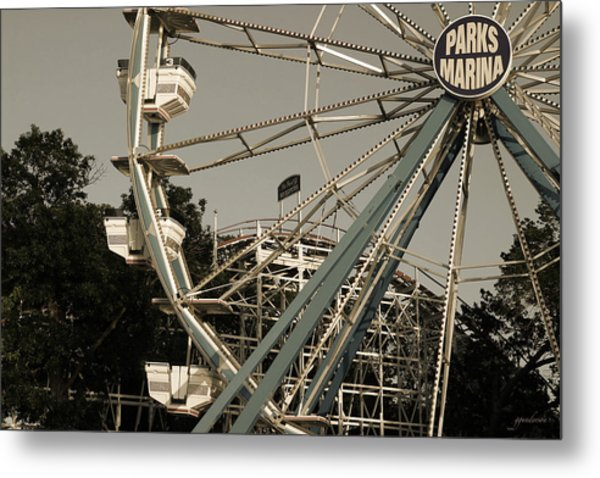 Arnolds Park Ferris Wheel Metal Print
