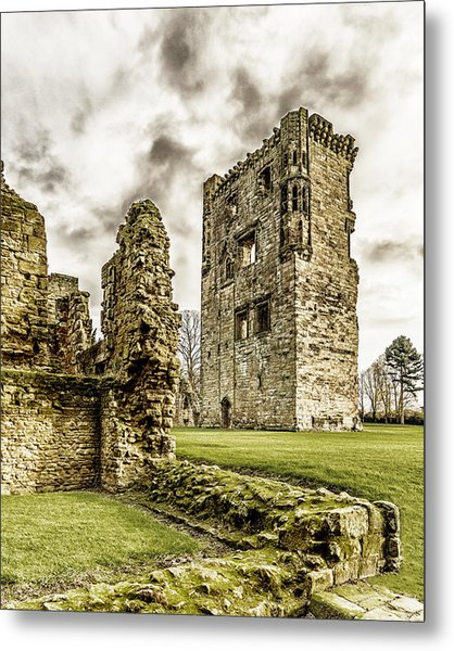 Ashby Castle Metal Print