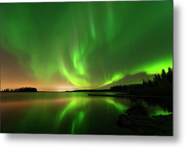 Aurora Borealis At Elk Island National Park Metal Print