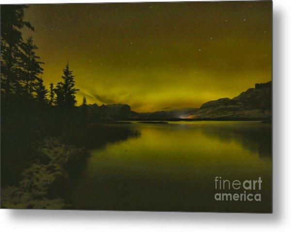 Aurora Borealis Over Talbot Lake Metal Print
