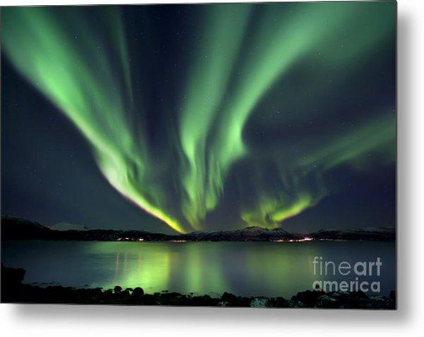 Aurora Borealis Over Tjeldsundet Metal Print