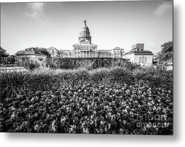 Austin Texas State Capitol Building Black And White Photo Metal Print by Paul Velgos