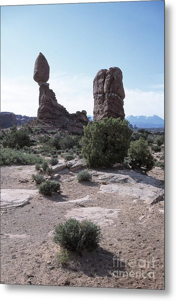 Balanced Rock Utah Metal Print by Kim Lessel