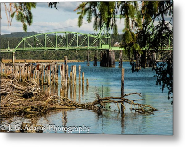 Metal Print featuring the photograph Bandon Drawbridge by Jim Adams