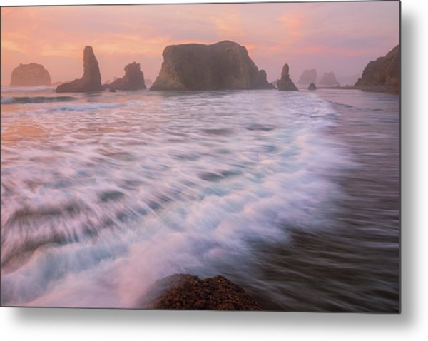Metal Print featuring the photograph Bandon's Sunset Rush by Darren White