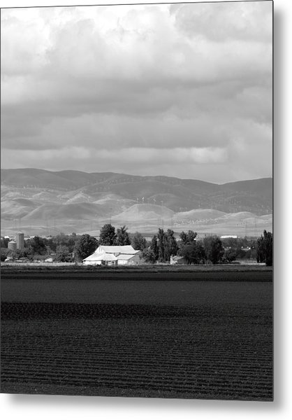 Barn And Plowed Fields Tracy Ca Metal Print by Troy Montemayor