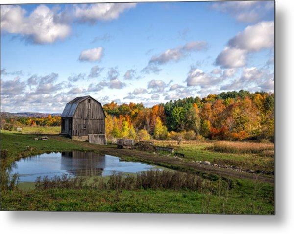 Barn In Autumn Metal Print