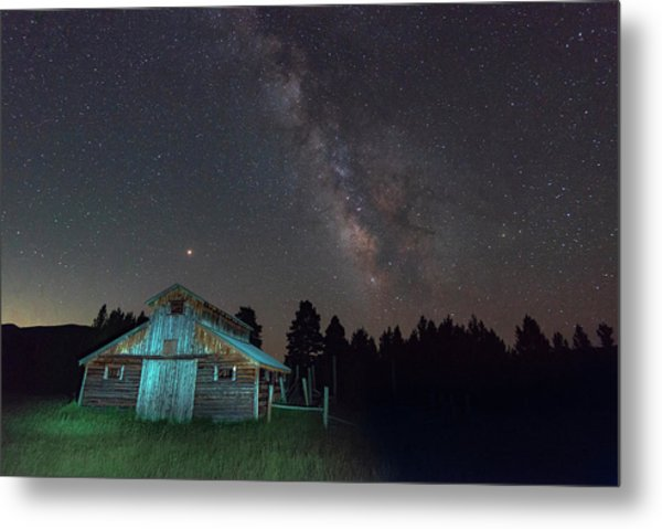 Barn In Rocky Metal Print