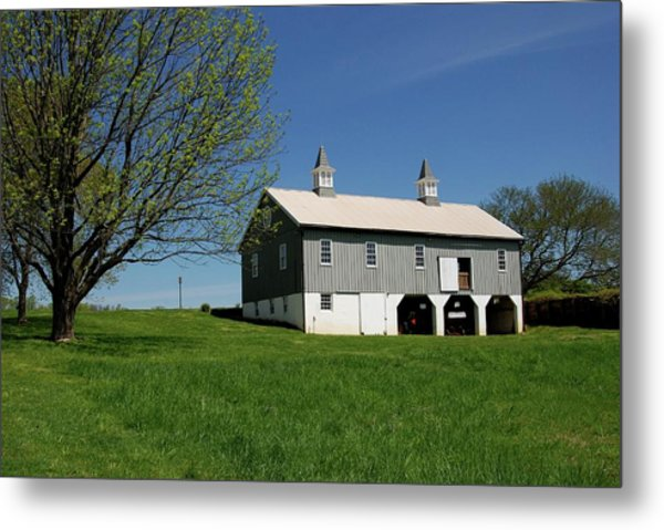 Barn In The Country - Bayonet Farm Metal Print