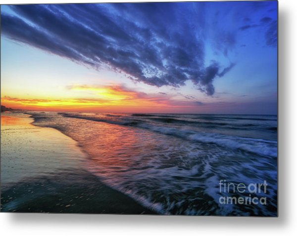 Beach Cove Sunrise Metal Print