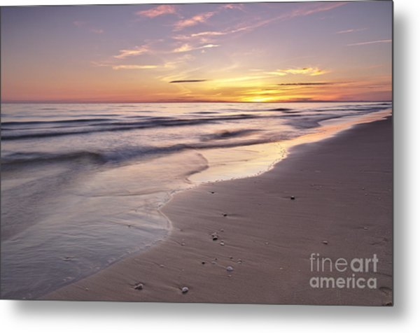 Beach Welcoming Twilight Metal Print