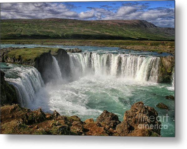 Beautiful Godafoss Waterfall In Iceland Metal Print