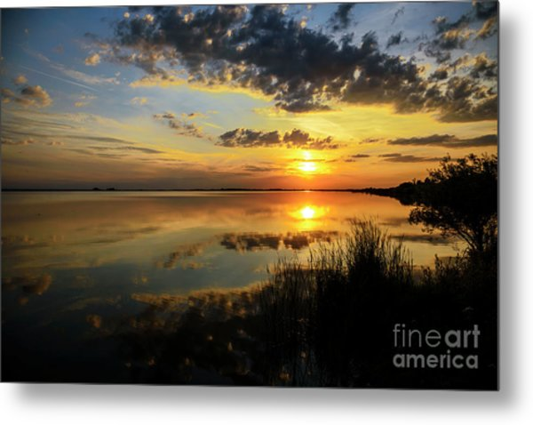 Beautiful Sunset At The Lake Metal Print