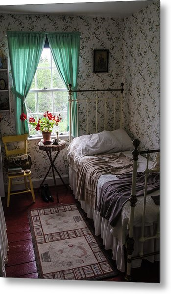 Metal Print featuring the photograph Bedroom At Green Gables by Rob Huntley