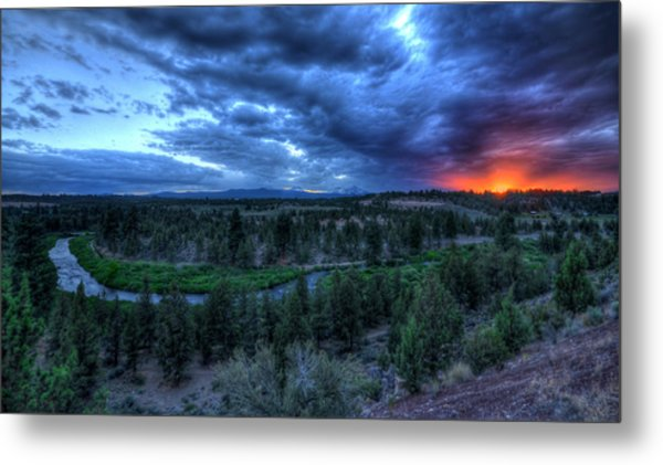 Bend Sleeps Metal Print