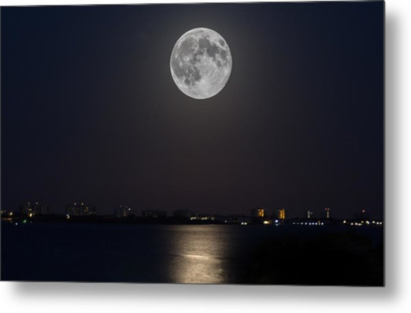 Big Moon Over The Bay Metal Print