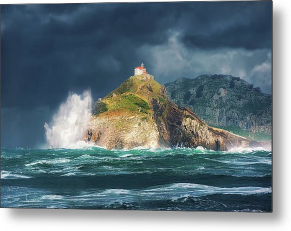 Big Waves Over San Juan De Gaztelugatxe Metal Print