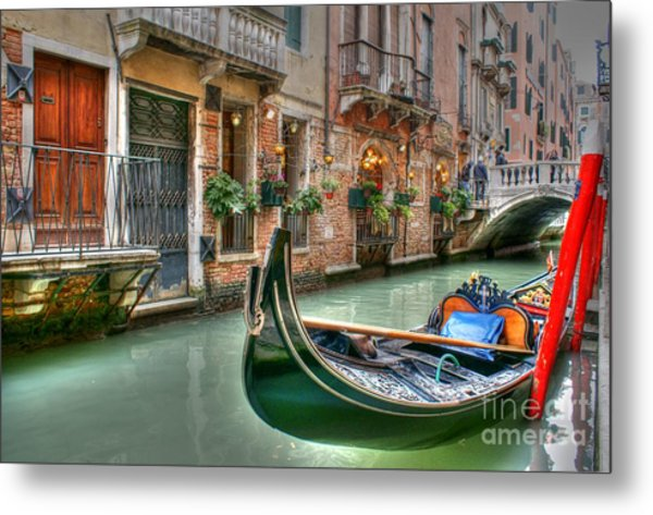 Black Gondola Metal Print