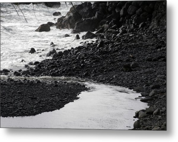 Black Lava Beach, Maui Metal Print