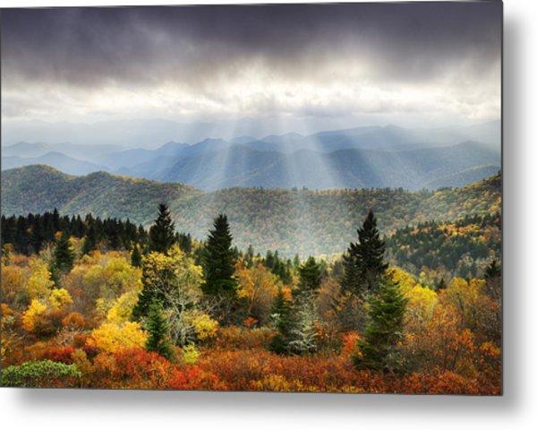 Blue Ridge Parkway Light Rays - Enlightenment Metal Print