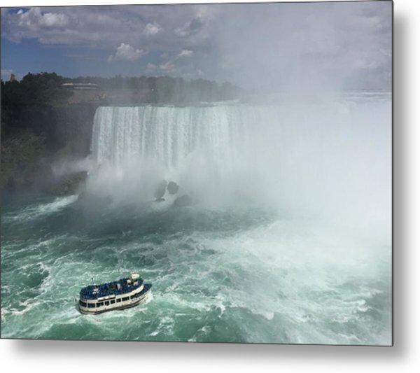 Boat Near Niagara Falls Metal Print