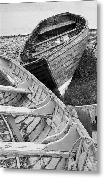Boats On Beach - Greystones Harbour Metal Print by Gary Rowe