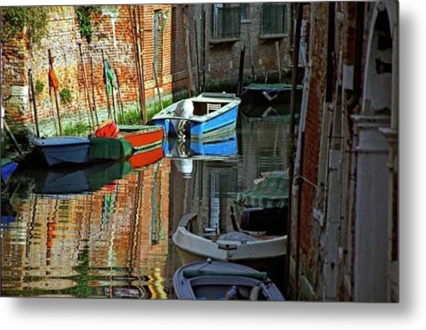 Boats On Canal In Venice Metal Print by Michael Henderson