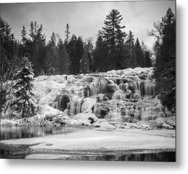 Bond Falls In Black And White Metal Print