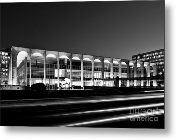Brasilia - Itamaraty Palace - Black And White Metal Print