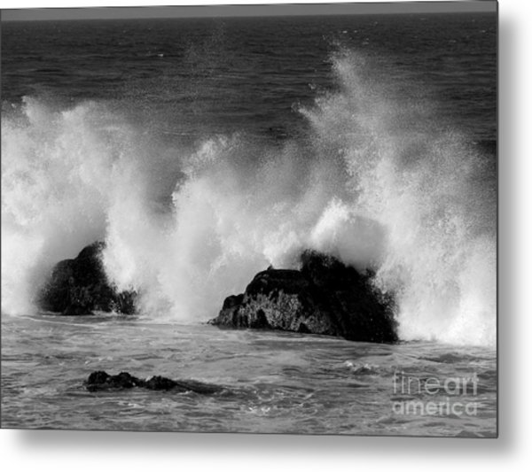 Breaking Wave At Pacific Grove Metal Print