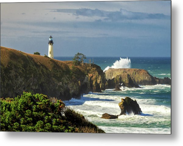 Breaking Waves At Yaquina Head Lighthouse Metal Print