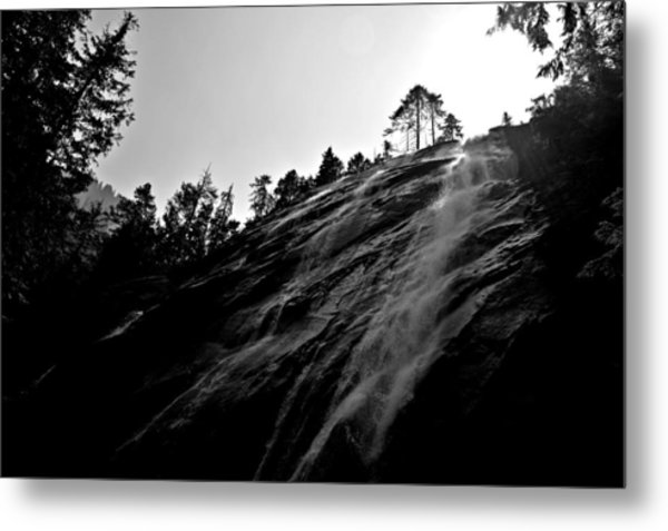 Bridal Veil Falls In Black And White Metal Print