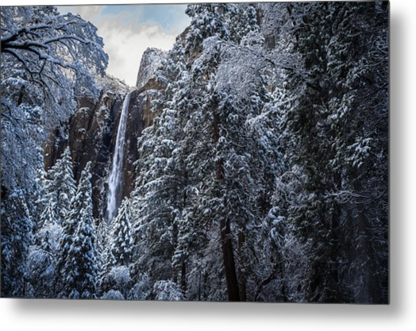 Bridal Veil Falls In Winter Metal Print