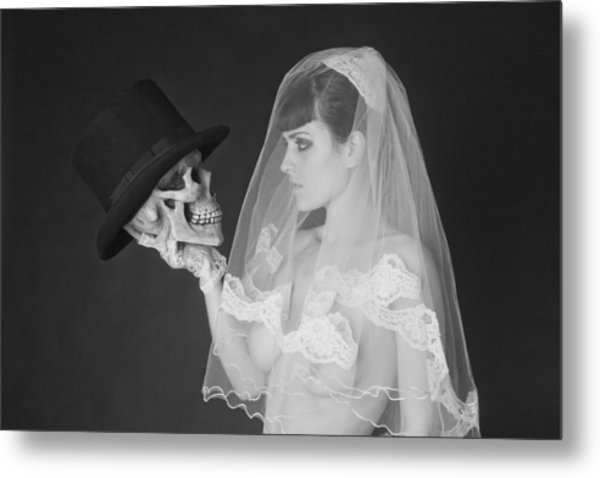 Bride And Groom Metal Print by MAX Potega