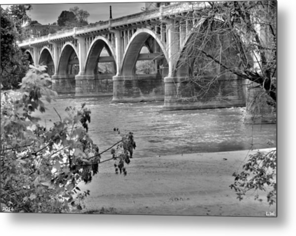 Metal Print featuring the photograph Gervais Street Bridge Black And White by Lisa Wooten