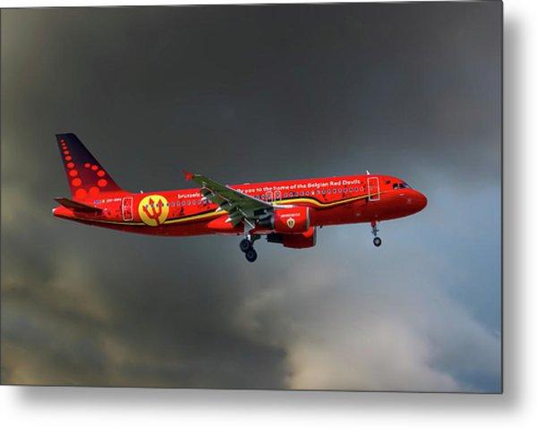 Brussells Airlines Airbus A320-214 Metal Print
