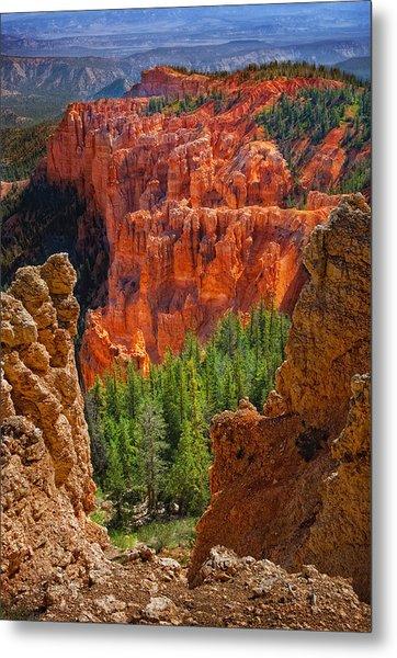 Bryce Canyon Vista Metal Print by Bob Coates