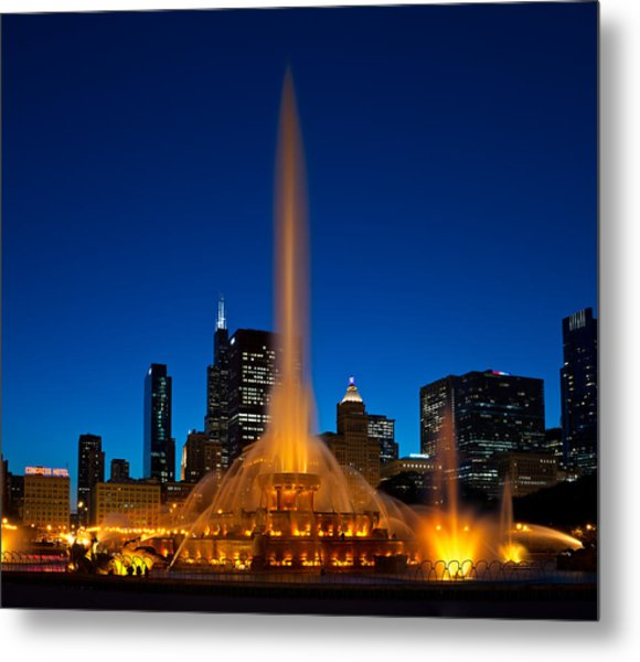 Buckingham Fountain Nightlight Chicago Metal Print