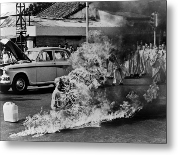 Buddhist Monk Thich Quang Duc, Protest Metal Print