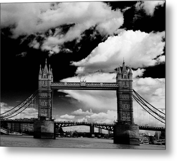 Bw Series Tower Bridge Metal Print