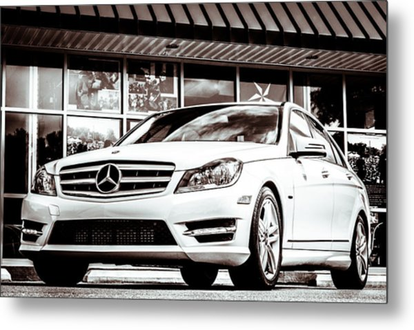 C250 In Black And White Metal Print