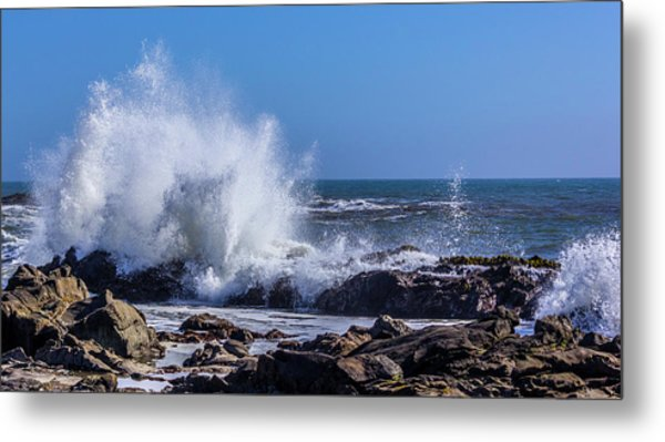 Wave Crashing On California Coast Metal Print