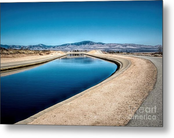 California Aqueduct At Fairmont Metal Print