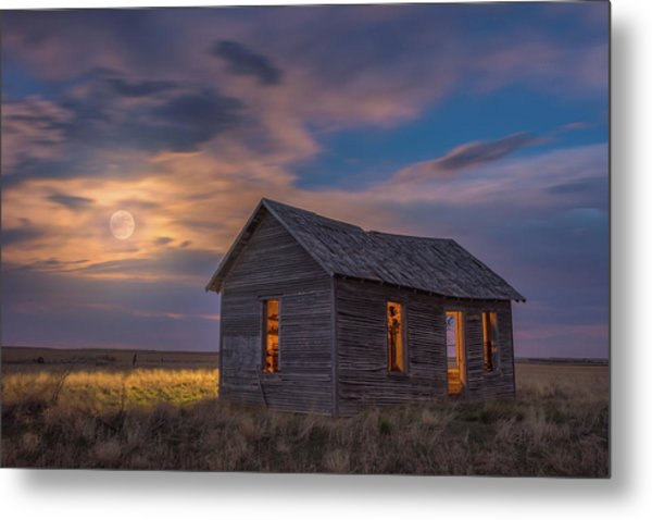 Metal Print featuring the photograph Can You Leave The Light On by Darren White