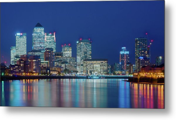 Metal Print featuring the photograph Canary Wharf by Stewart Marsden