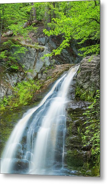 Cascade Waterfalls In South Maine Metal Print