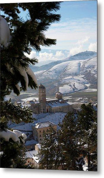 Castel Del Monte Abruzzo Italy Metal Print by Tom  Doherty