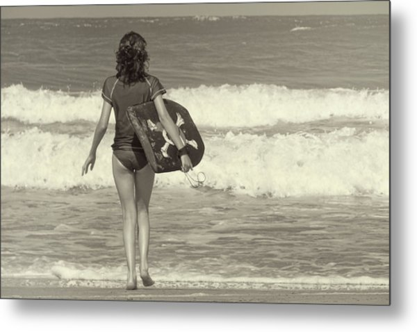Catch A Wave Metal Print by JAMART Photography